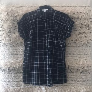 Motherhood maternity black and white button down